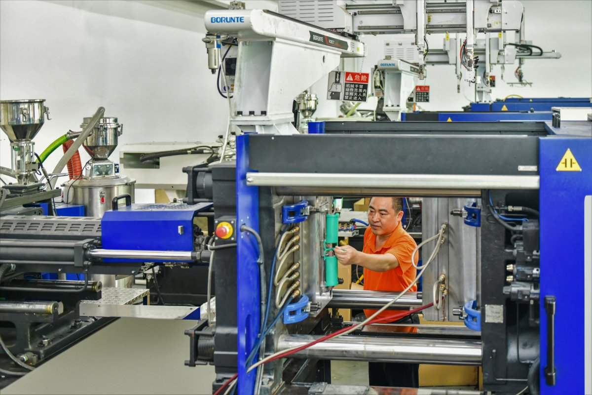 Injection Molding: What It Is, How It Works, Who Is It For