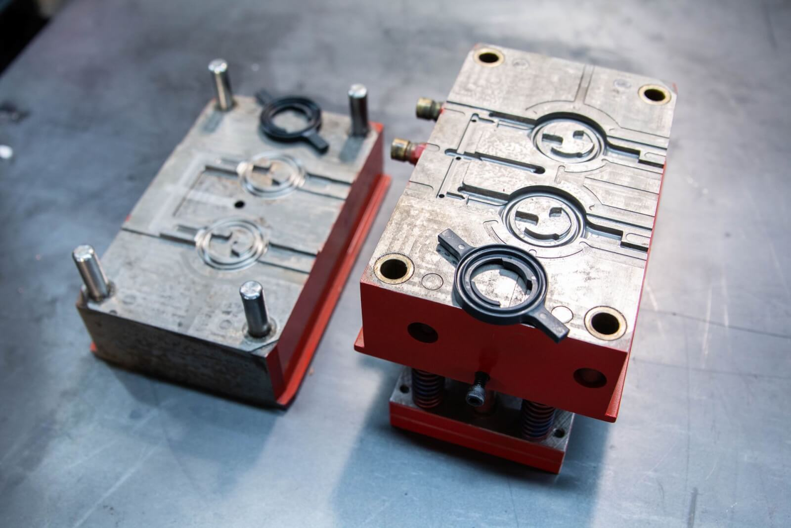 Top 5 Tips to Select a Professional Manufacturing Team for Prototype Molding Services