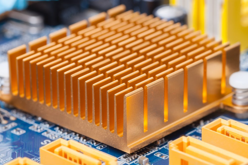 What are heat sinks and how are they made?